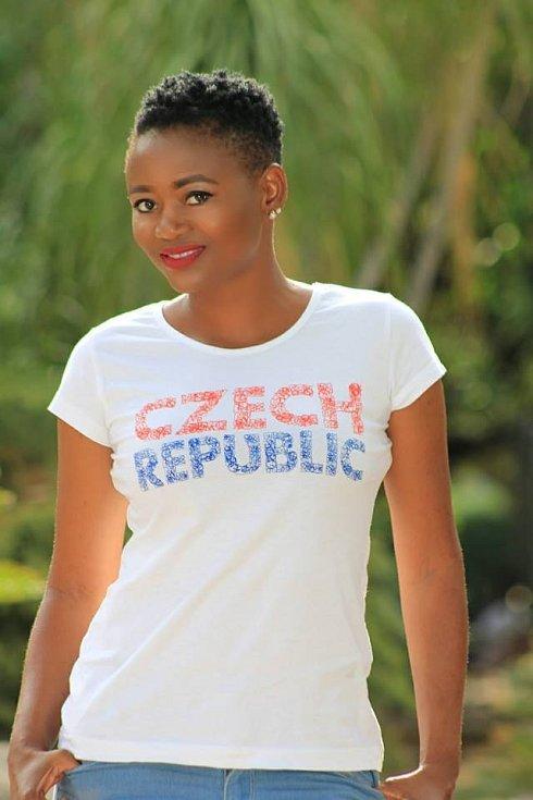 Namibijská Česka žijící v Namibii hrdě se hlásící ke svému češství.