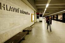 Stanice metra Hlavní nádraží v Praze.