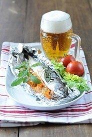 Makrela plněná zeleninou vpapilotě.
