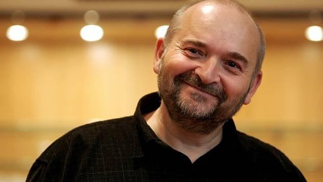 Písničkář Jan Burian.