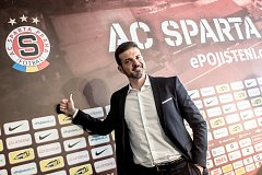 Trenér Sparty Andrea Stramaccioni playmakera nenašel
