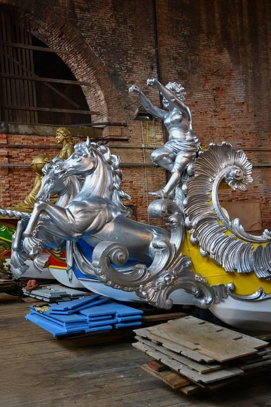 Barokní lodě využívala především benátská aristokracie k prezentaci svého bohatství a moci.