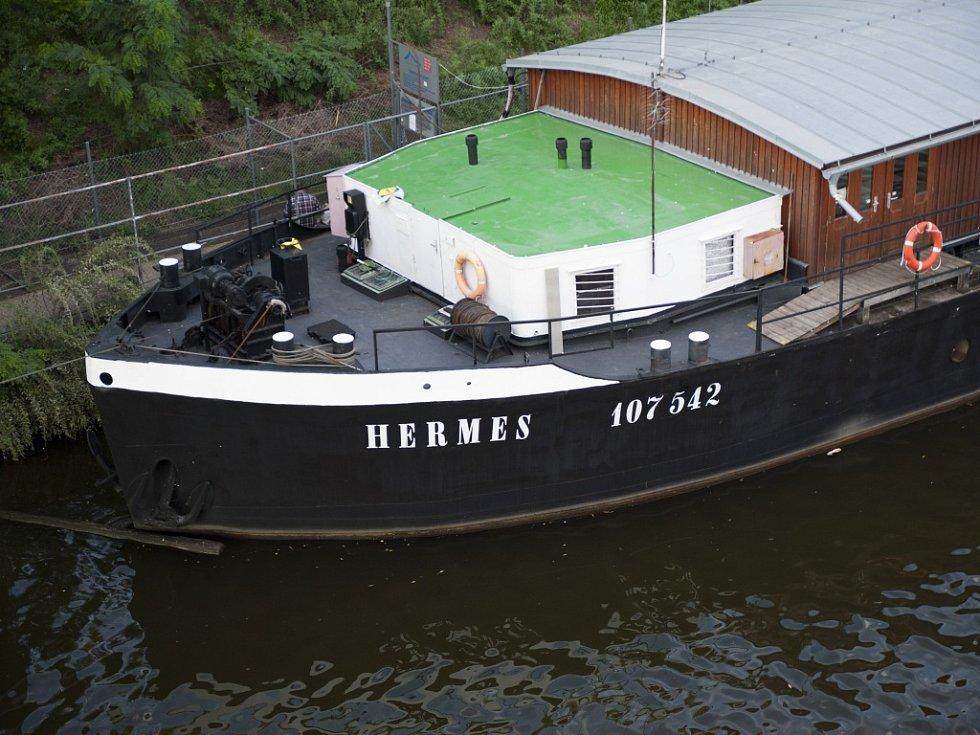 Ubytovna Hermes dostane parťáka.