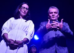 Politické strany zahájily kampaň před komunálními volbami v Praze. Na snímku jsou Alexandra Udženija a Bohuslav Svoboda z ODS.