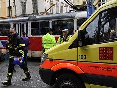 Nehoda ve Spálené ulici u zastávky Národní třída