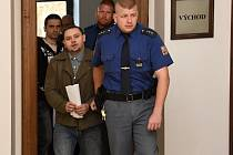 Rostislav Zámečník a  Rostislav Soukup se před soudem zpovídají z  vraždy.