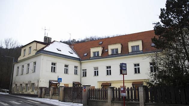 Pražská Usedlost Šatovka v Divoké Šárce.