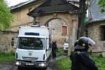Policie u usedlosti Cibulka.