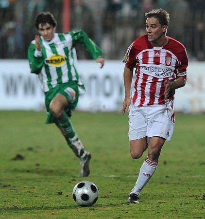 Petr Švancara z Viktorky Žižkov spolu se svými spoluhráči přehrál klub Bohemians 1905 2:1.