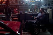 Strahovské autokino dnes večer promítá australský thriller Upgrade.