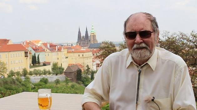 Nevidomý fotograf Václav Fanta dostal 28. října 2020 od prezidenta Miloše Zemana medaili Za zásluhy v oblasti umění.