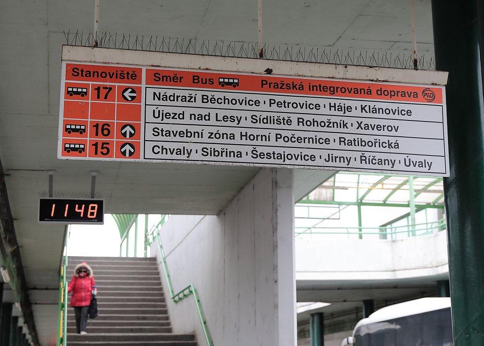 Autobusové nádraží Černý Most.
