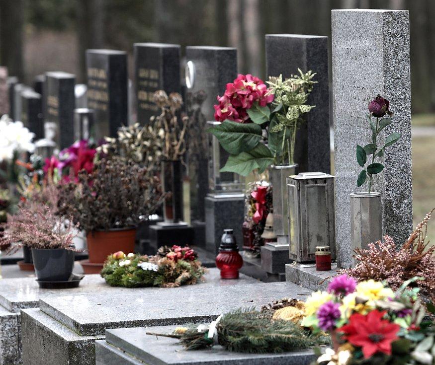 Ďáblický hřbitov.
