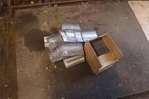 Dotyčný měl v krabici téměř 23 kilogramů kovových profilů