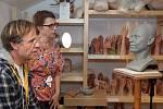 Muzeum Grévin v Praze: výroba voskových figurín často připomíná alchymii. Na snímku herec Karel Roden.