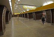 Stanice metra B Jinonice je po půl roce znovu otevřena.