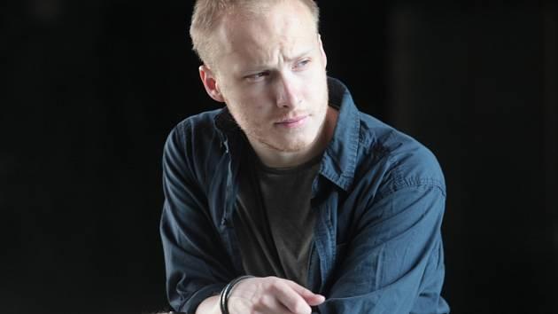Režisér a scenárista Václav Huleš.