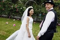 Ve Františkánské zahradě v centru Prahy probíhalo natáčení jedné části povídkového filmu Praho, má lásko.