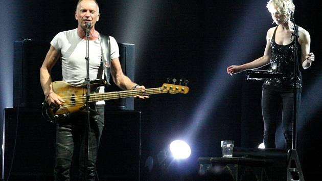 Britský zpěvák a skladatel Sting vystoupil v pondělí 25.června v O2 areně.