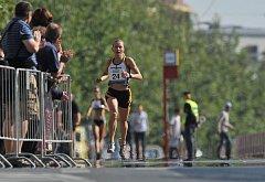 Tradiční vítězka. Šestatřicetiletá rekordmanka v počtu titulů Petra Kamínková kralovala běchovickému závodu i letos.