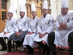Tým českých kuchařů startuje do Afriky. Bojovat proti charitě i propagovat českou kuchyni.