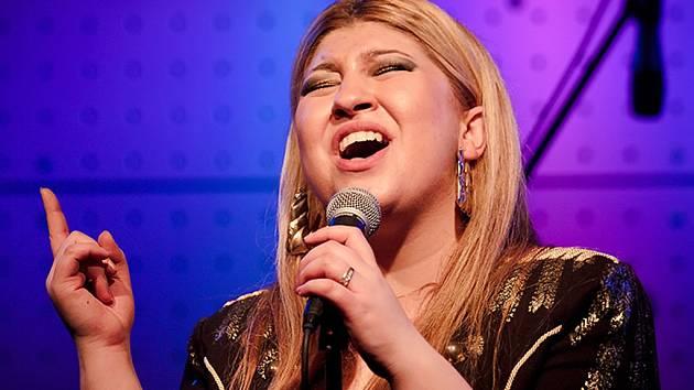Soulová zpěvačka Erika Fečová.