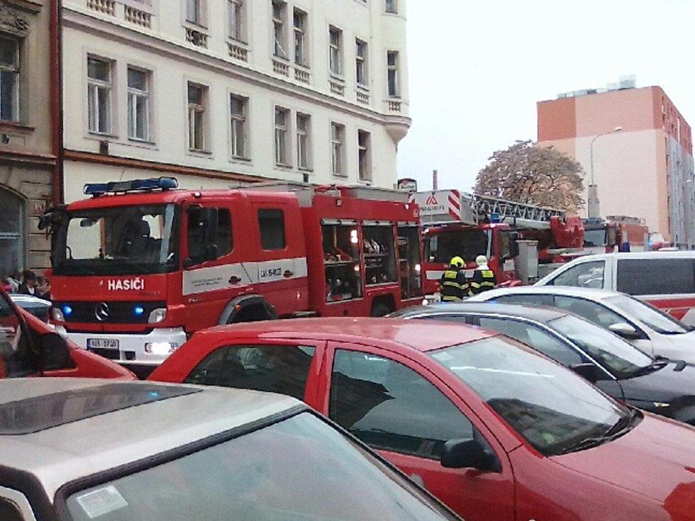 Požár v bytě v ulici Tusarova.