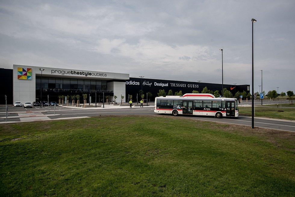 Outletové centrum Prague The Style Outlets u pražského letiště se veřejnosti  po letech odkladů otevře 18 4ca3c847598