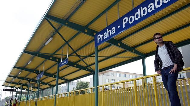 Vlaková zastávka Praha - Podbaba.