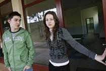 NEJISTOTA. Kvůli chybějící licenci ministerstva školství musí studenti chodit do jiné školy na pololetní přezkoušení./Ilustrační foto