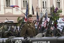 Historický Konvoj osvobození projel 26. dubna 2019 Prahou jako připomínka 74. výročí konce druhé světové války.