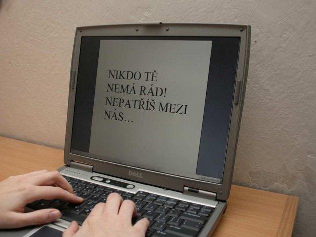 Kyberšikana. Ilustrační foto.