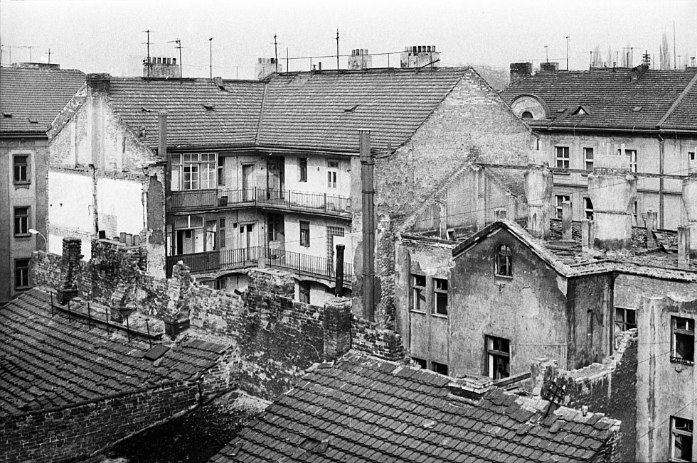 Výstava Žižkov přežil, Žižkov žije dál ke 40. výročí asanace této pražské čtvrti.