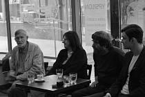 Tiskové setkání k představení Jezinky a bezinky ve Studiu Ypsilon
