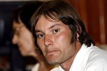 SOUD POTVRDIL ROZSUDEK. Ondřej Martinek půjde do vězení na 4,5 roku, jeho bývalý kolega David Lein dostal podmínečný trest 3 roky.