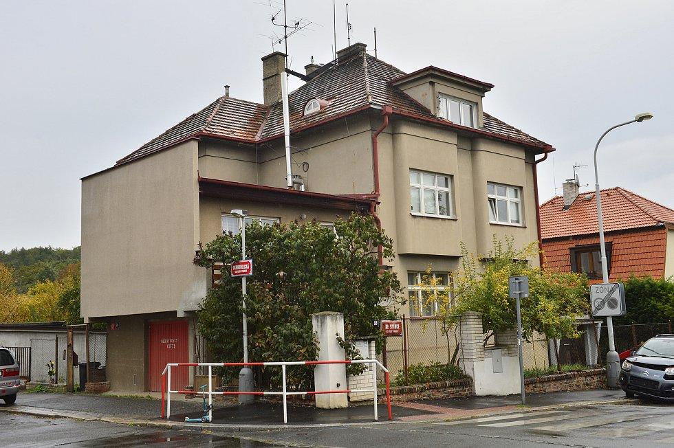 Domy Karla Gotta v Praze. Na snímku Ke Stírce 18, Praha 8.