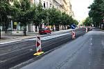 Tramvaje se na Vinohradskou vrátí dřív. Dopravní podnik hl. m. Prahy plánuje letní výluky.