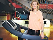Pětapadesátiletá Hana Cihlářová z Mirošovic začala pravidelně cvičit nejen v posilovně. Dodržuje také jídelníček podle Václava Krejčíka.
