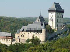 České hrady přilákaly letos mnohem více návštěvníků než vloni.
