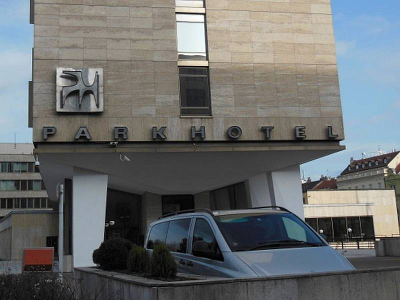 Parkhotel Praha v Praze Holešovicích.