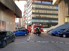 Požár kanceláře v administrativní budově na Praze 4.