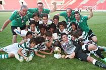 Mladíci Sportingu Lisabon slaví, vyhráli All stars cup 2012.