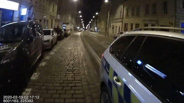 Policie v Praze 7 zadržela řidiče pod vlivem drog