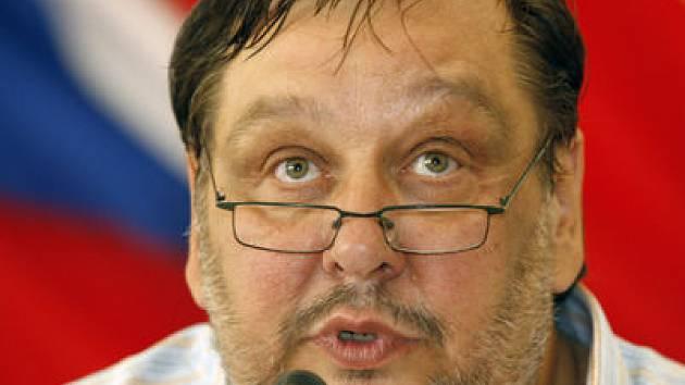 BEZ OMLUVY. Starosta Prahy 5 Milan Jančík (na snímku) neuspěl, trestní oznámení mělo podle soudkyně reálný základ.