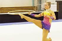 Za cvičení s obručí odměnili rozhodčí Kateřinu Blažkovou 7,65 bodu. Měla dostat víc?