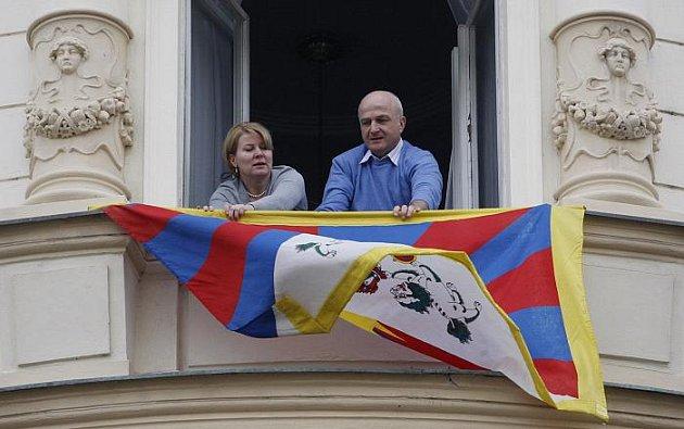 Tibetskou vlajku vyvěsili 10. března na radnici Prahy-Žižkova.