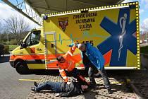 Členové posádek sanitek jsou školeni, jak konfliktní situace zvládat.
