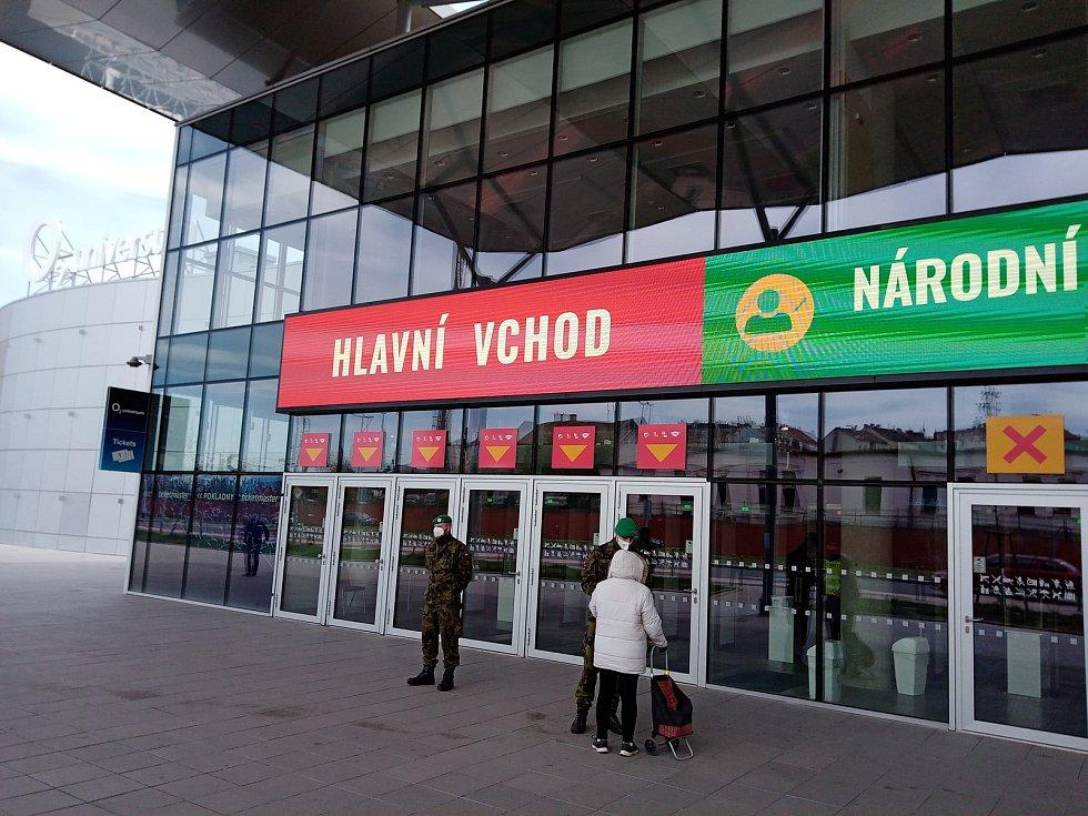 Národní očkovací centrum ve Vysočanech 4. května 2021.