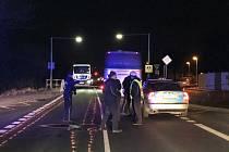 V Českobrodské ulici srazil autobus muže