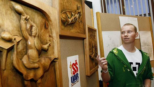 V Muzeu hlavního města Prahy bylo slavnostně zakončeno studentské řezbářské sympozium Zlatý řez a zároveň byla zahájena výstava uměleckých děl studentů.